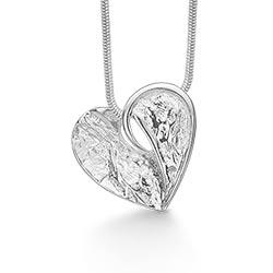 Moderne RS of Scandinavia hart hanger met ketting in zilver