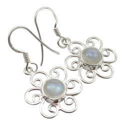 Moderne maansteen oorbellen in zilver