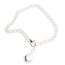 Mooi armband in zilver met hartjes hanger in zilver