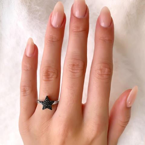 Ster ring in gerodineerd zilver