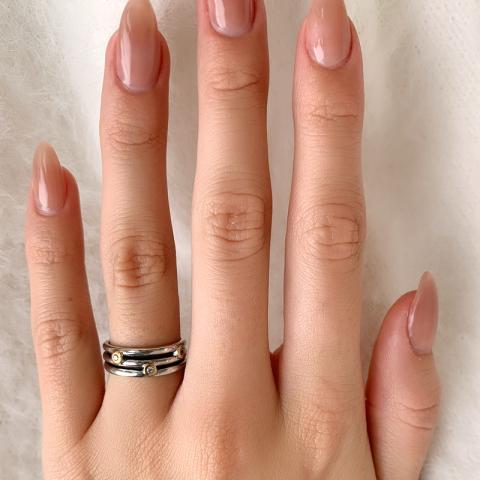 Echt zirkoon ring in geoxideerd sterlingzilver met 8 karaat goud